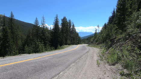 British-Columbia-Monashee-Mountains-road