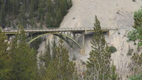 Canada-Icefields-Parkway-Saskatchwan-River-bridge-s