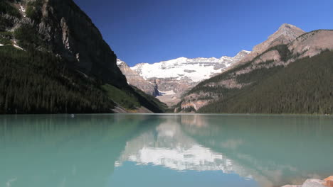 Canadian-Rockies-Banff-Lake-Louise-c
