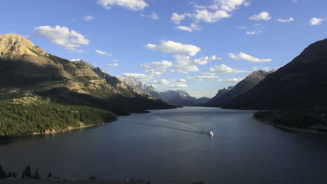 Canada-Waterton-Lakes-National-Park-timelapse