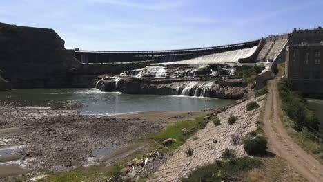 Montana-Great-Falls-Ryan-Dam-on-the-Missouri-River-s