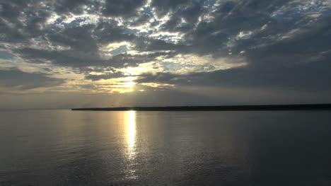 Amazonas-Fluss-Mit-Reflexionen