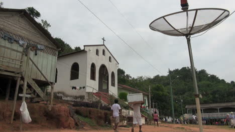 Brazil-Boca-da-Valeria-church-and-tv-dish