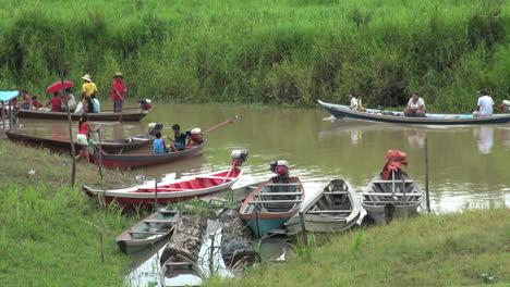 Brazil-Boca-da-Valeria-small-boats-on-stream