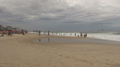 Rio-de-Janeiro-Ipanema-Beach-with-pigeon-and-reflections