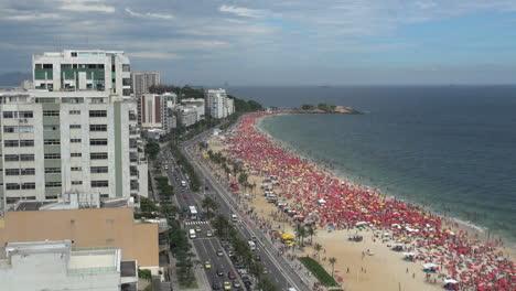 Rio-de-Janeiro-Ipanema-looking-down-on-a-Saturday