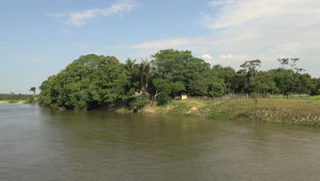 Brazil-Amazon-backwater-near-Santarem-small-ranch-by-jungle-s