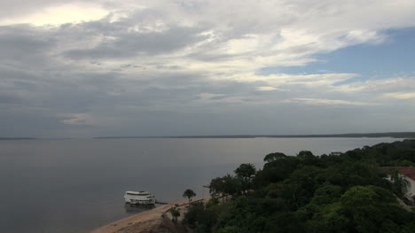 Brazil-Rio-Negro-and-cloudy-sky-at-Manaus-s