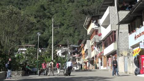 Peru-Aguas-Calientes-street-with-tourists