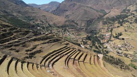 Peru-Pisac-arcs-of-inca-terraces-and-valley-floor-7