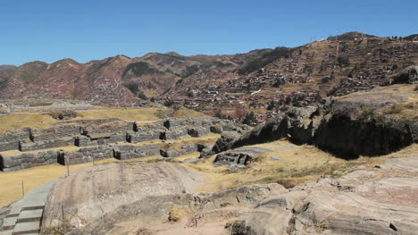 Peru-Sacsayhuaman-fortress-walls-and-hillside-structures-1