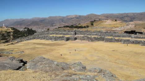 Peru-Sacsayhuaman-view-looking-down-on-fortress-complex-8