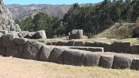 Peru-Quenko-fitted-stone-walls-at-ruin-site-8