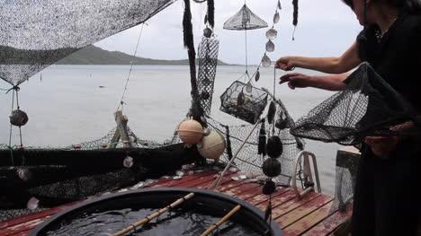 Bora-Bora-showing-equipment-for-pearl-culture-to-tourist