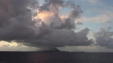 Bora-Bora-rain-on-the-island