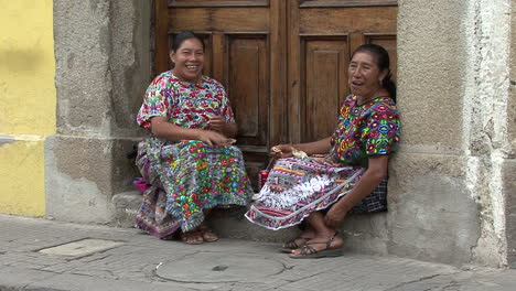 Guatemala-Antigua-Indian-women-in-native-dress
