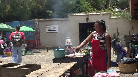 Guatemala-Antigua-Mujeres-Cocinando