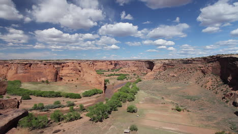 Arizona-Canyon-de-Chelly-Tsego-Overlook-view-
