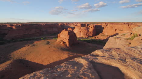 Arizona-Canyon-de-Chelly-Junction-Overlook-view