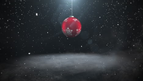 Animated-close-up-white-snowflakes-and-red-balls-2