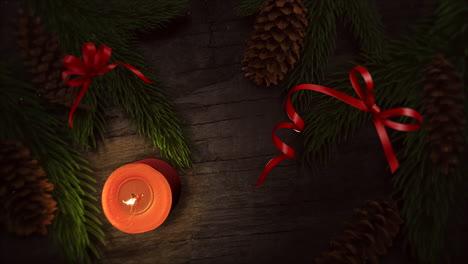 Animierte-Nahaufnahme-Weihnachtskerze-Und-Grüne-Äste-4