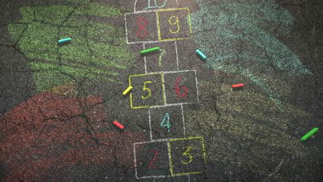 Primer-Plano-De-Tiza-De-Colores-Sobre-Fondo-De-La-Escuela-De-La-Calle-Del-Tema-De-La-Educación