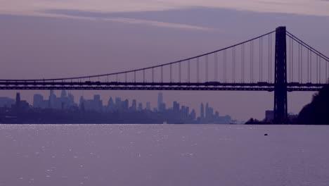 El-Puente-George-Washington-Conecta-Nueva-Jersey-Al-Estado-De-Nueva-York-Con-El-Horizonte-De-Manhattan-3