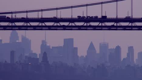 Die-George-Washington-Bridge-Verbindet-New-Jersey-Mit-New-York-State-Mit-Der-Skyline-Von-Manhattan-4