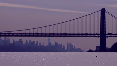 Die-George-Washington-Bridge-Verbindet-New-Jersey-Mit-New-York-State-Mit-Der-Skyline-Von-Manhattan-7