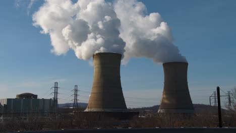 Smoke-rises-from-the-reactor-at-the-Three-Mile-Island-nuclear-power-plant