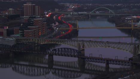 Pittsburgh-Pa-Por-La-Noche