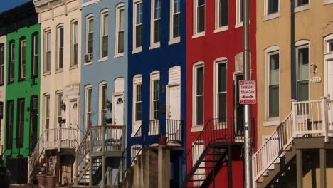Colorful-rowhouses-line-the-streets-of-Baltimore-Maryland-1