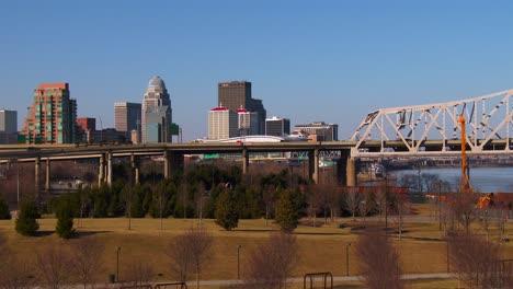 The-skyline-of-Louisville-Kentucky-behind-bridges-over-the-Ohio-River