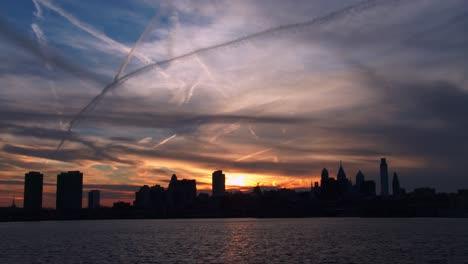 Sunset-behind-the-city-of-Philadelphia-Pennsylvania-2