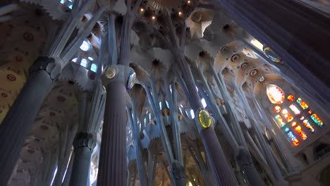 The-beautiful-interior-of-the-Sagrada-Familia-Cathedral-by-Gaudi-in-Barcelona-Spain-1