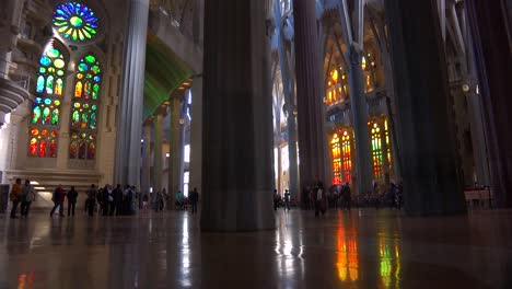 Low-angle-looking-at-the-ceiling-in-the-beautiful-interior-of-the-Sagrada-Familia-Cathedral-by-Gaudi-in-Barcelona-Spain-2
