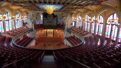 Pan-across-a-beautiful-performing-arts-hall-in-Barcelona-Spain-2