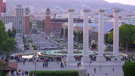 Die-Innenstadt-Von-Barcelona-Spanien-Ist-Von-Den-Stufen-Des-Nationalpalastes-Aus-Zu-Sehen-1