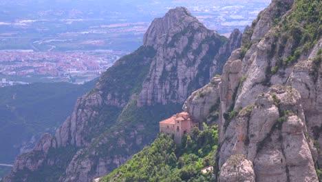 Das-Kloster-Montserrat-In-Spanien