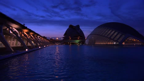 Futuristic-architecture-of-Valencia-Spain-at-night-2