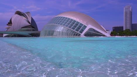 Unusual-futuristic-architecture-of-Valencia-Spain-suggests-a-science-fiction-movie-1