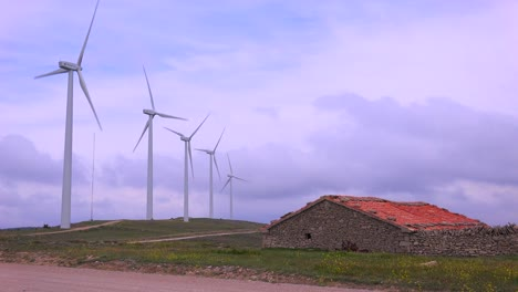 Windmills-generate-electricity-in-the-hills-of-Spain-2