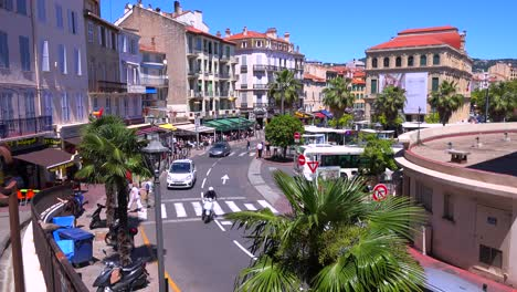 Classic-high-angle-view-of-a-pretty-boulevard-in-Cannes-France-1