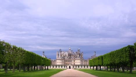 Distant-shot-of-the-beautiful-chateau-of-Chambord-in-the-Loire-Valley-in-France-1