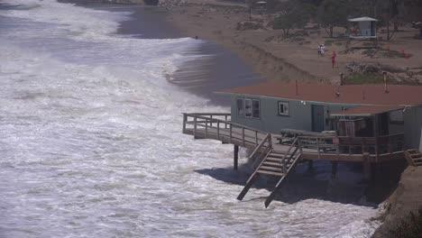 A-house-along-the-Malibu-coastline-collapses-into-the-sea-after-a-major-storm-surge