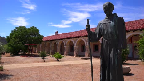 A-statue-of-Father-Junipero-Serra-stands-in-front-of-a-California-Mission-1
