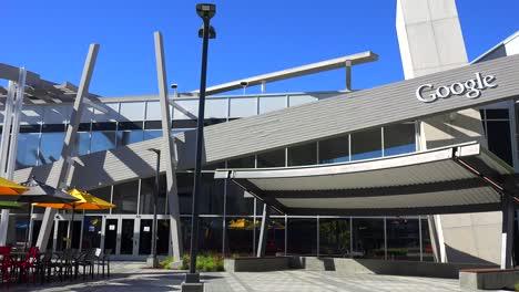 Establishing-shot-of-Google-Headquarters-in-silicon-valley-California-5