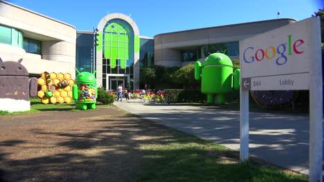 Establishing-shot-of-Google-Headquarters-in-silicon-valley-California-7