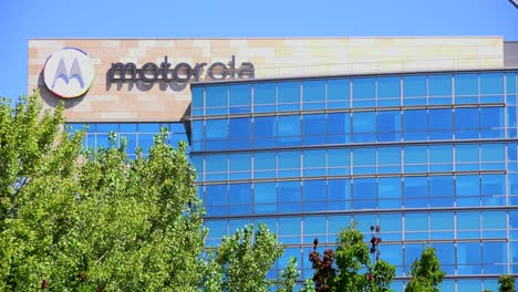 Establishing-shot-of-Motorola-Headquarters-in-silicon-valley-california