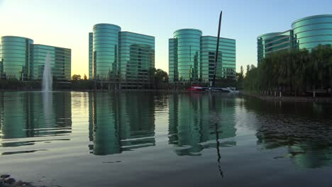 Establishing-shot-of-Oracle-Headquarters-in-Silicon-Valley-California-in-golden-light-4